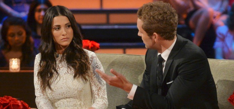 Andi Dorfman and Nick Viall talking on The Bachelorette: After the Final Rose