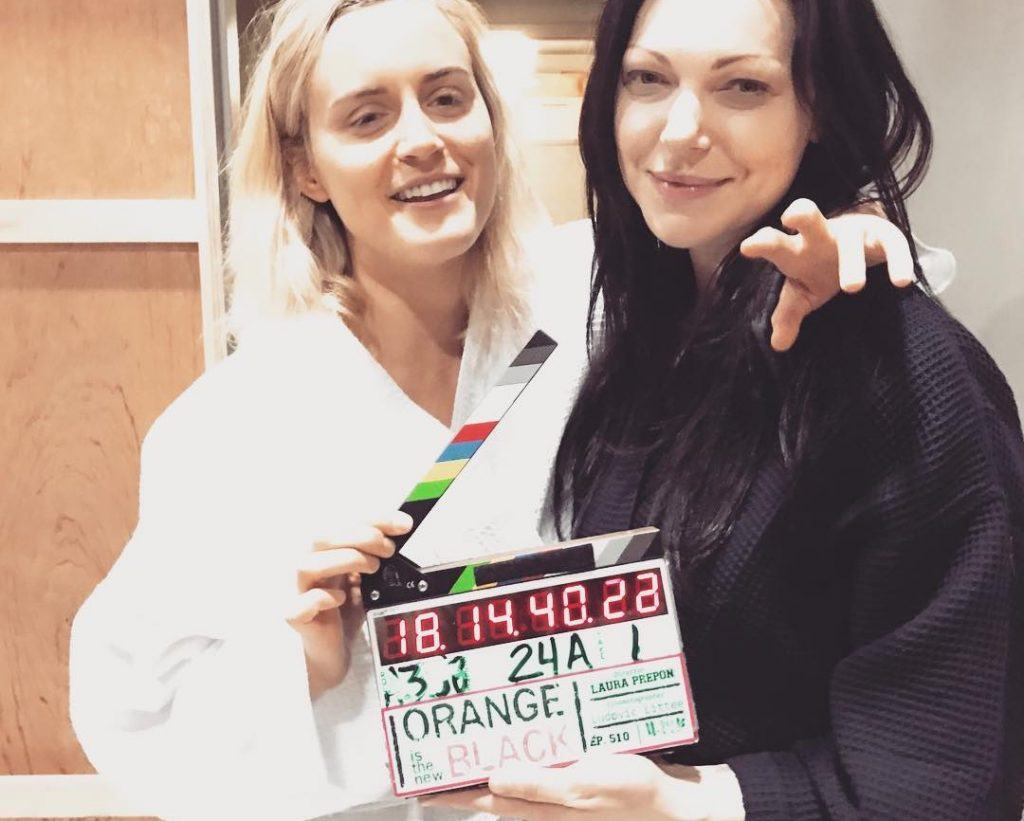 Laura Prepon directs OITNB Season 5 | Laura Prepon/Instagram