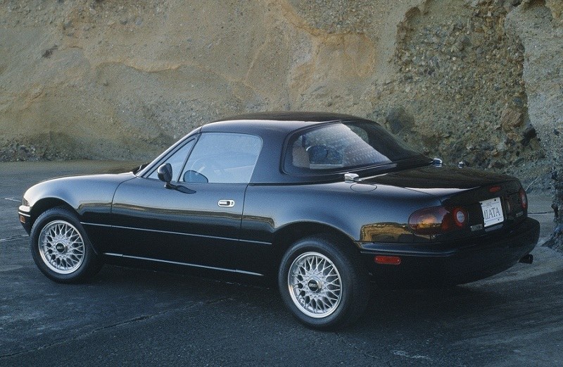 1991 Mazda Miata in British Racing Green