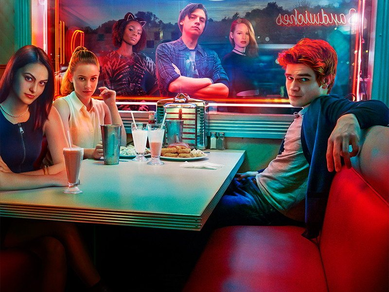 The cast of The CW's Riverdale in a diner booth