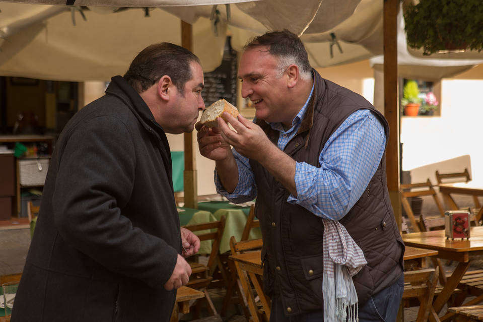 Emeril Lagasse stars in Amazon original show, Eat the World with Emeril Lagasse