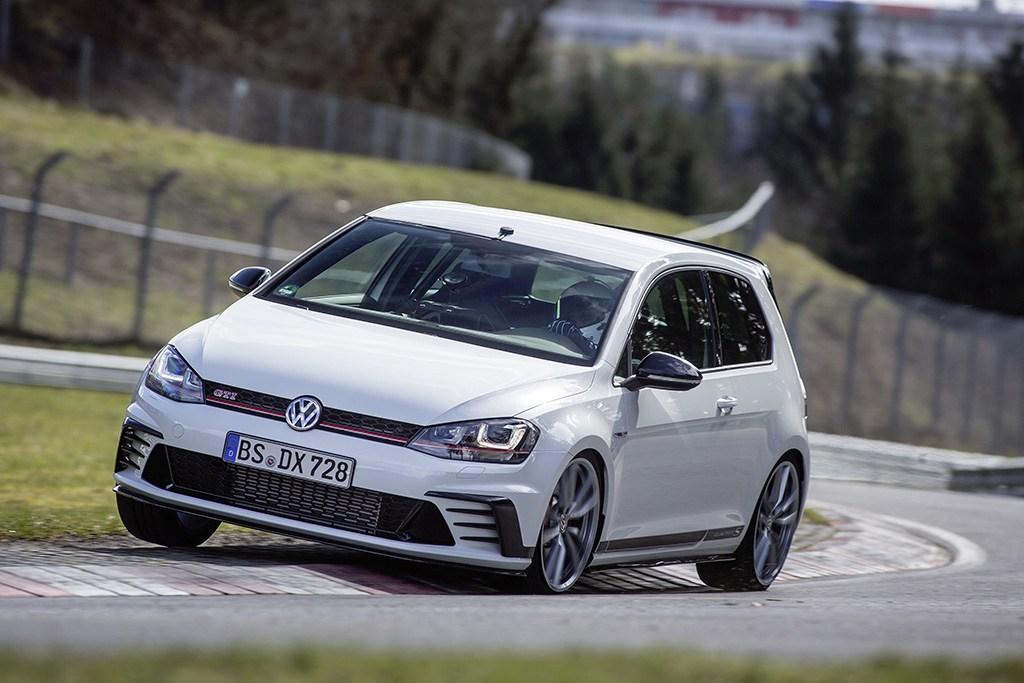 Das (Fastest) Auto: Volkswagen's World's 12 Fastest Models