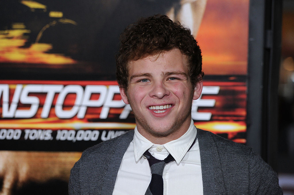 Jonathan Lipnicki on the red carpet for Unstoppable