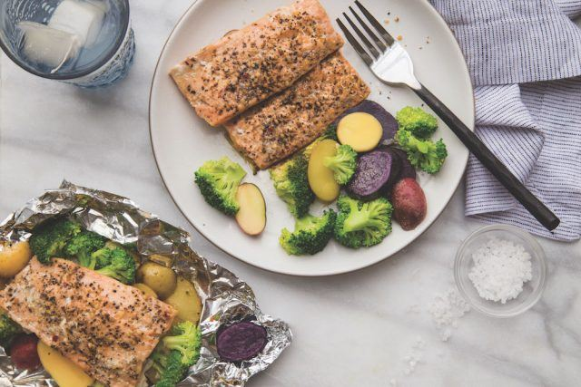 Healthy salmon foil packets