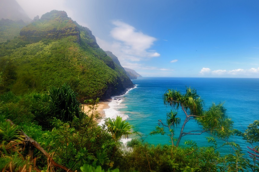 Best Hawaiian Island For Beaches And Hiking