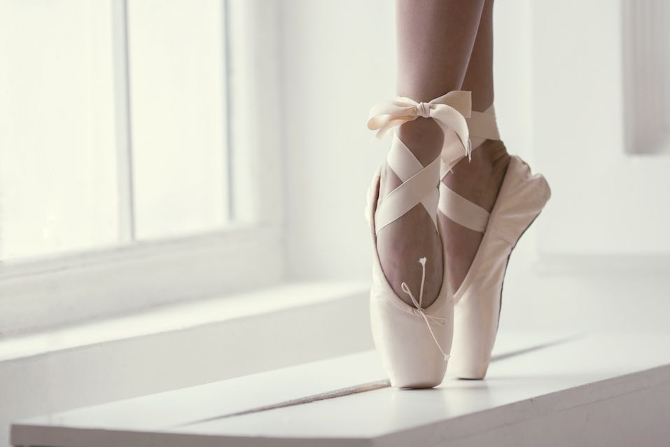 ballerina's pointed toes