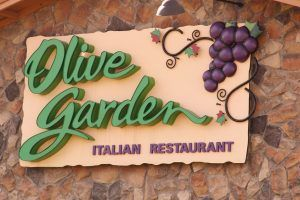 Former Customers Explain Why They're Never Going Back to Olive Garden