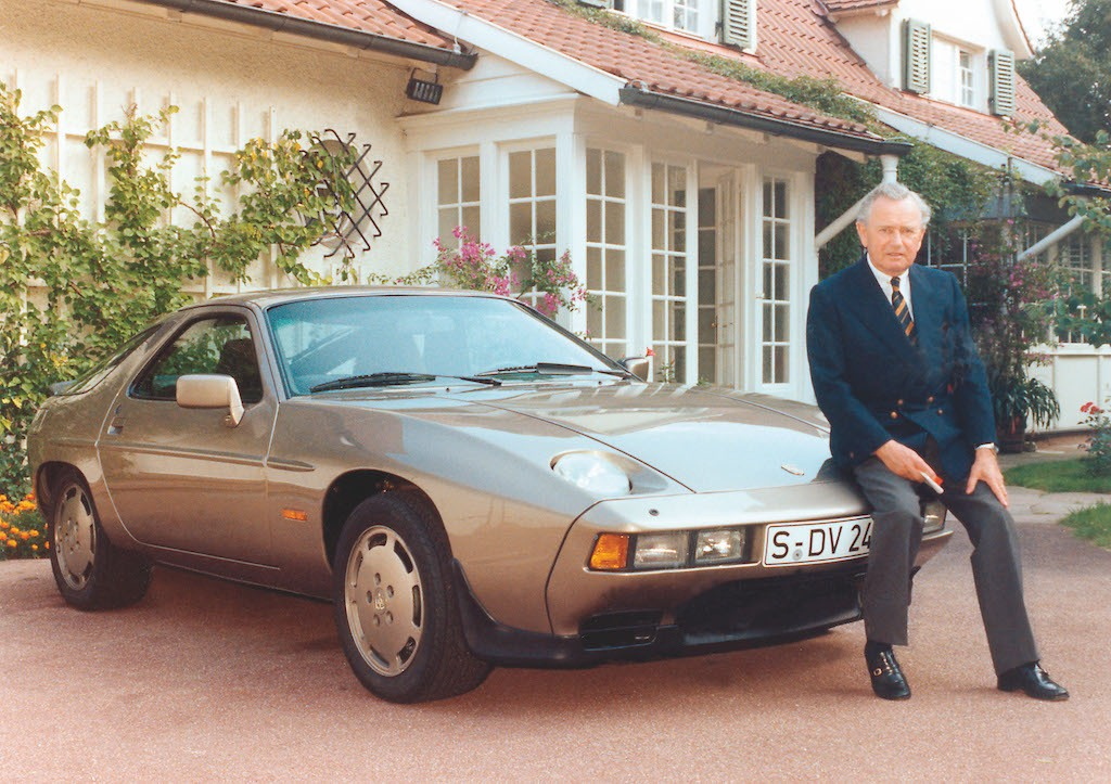 Ferry Porsche with on his 70th birthday with a 928, 1979