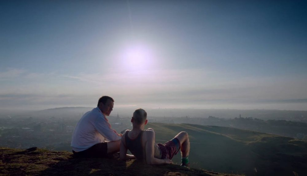 Mark and Spud at the top of a hill in T2: Trainspotting
