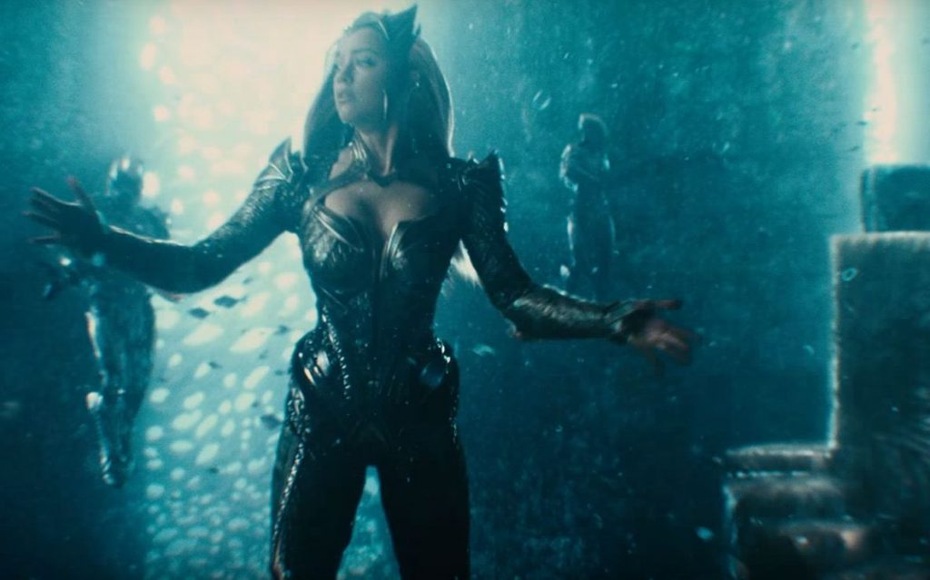 Amber Heard as Mera in Justice League underwater with her arms out