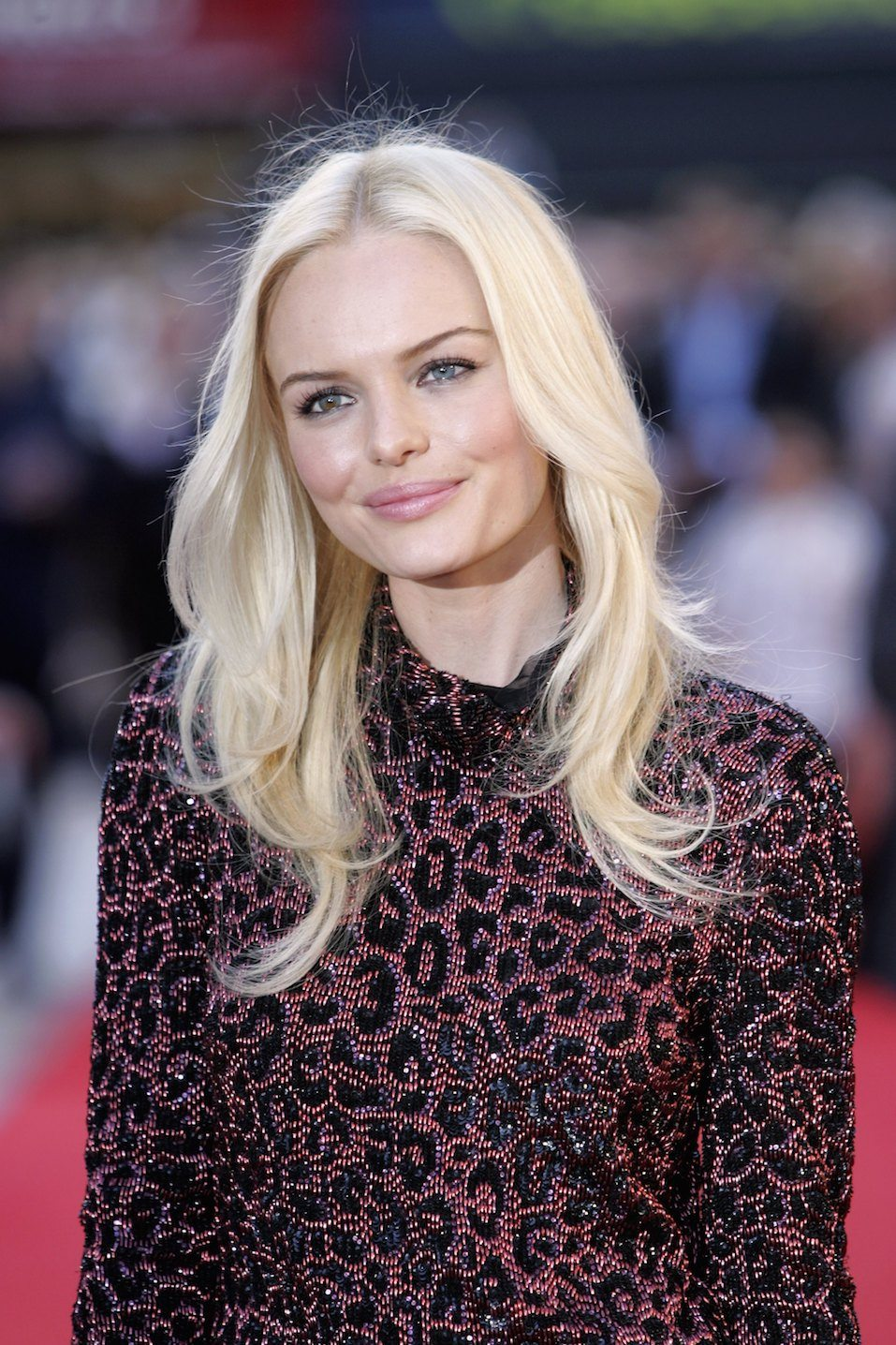 "Kate Bosworth arrives at the UK premiere of ""Superman Returns"""