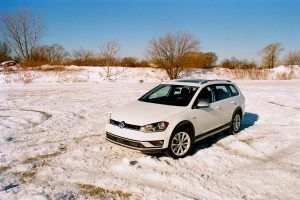 Snowpiercer: The Volkswagen Golf Alltrack Is an Unstoppable Winter Car