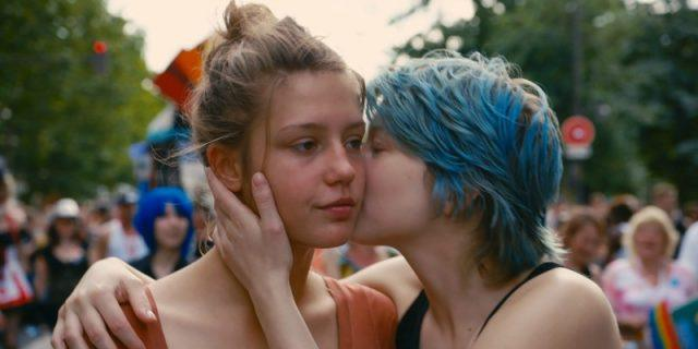 Emma kissing Adele's cheek in Blue Is The Warmest Color
