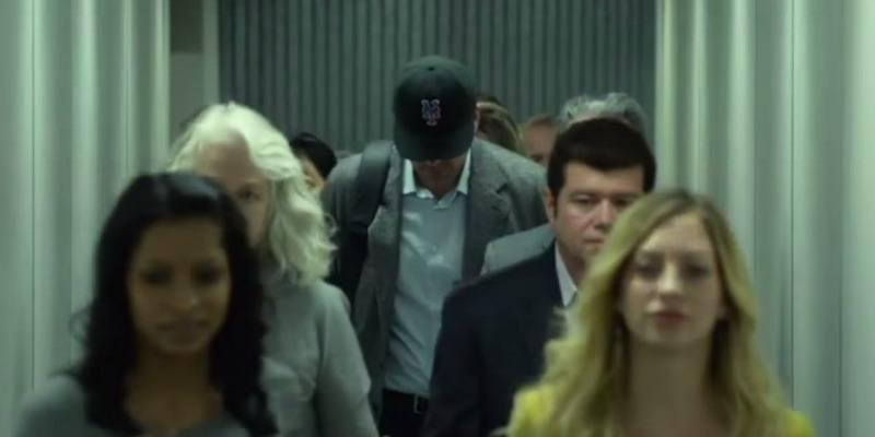 Ben Affleck wearing a Mets cap in Gone Girl.