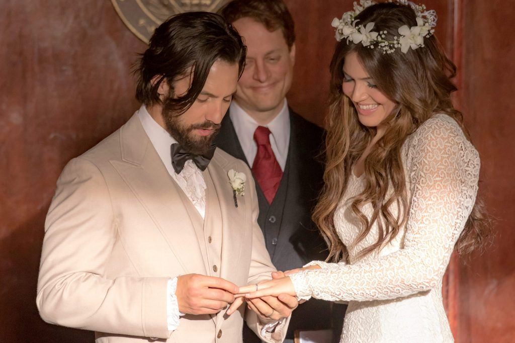 Milo Ventimiglia and Mandy Moore as Jack and Rebecca Pearson on This is Us