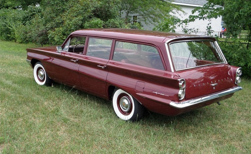 1961 Oldsmobile F-85 Wagon