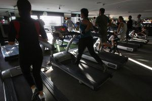 7 Ways to Torch Even More Calories on the Treadmill