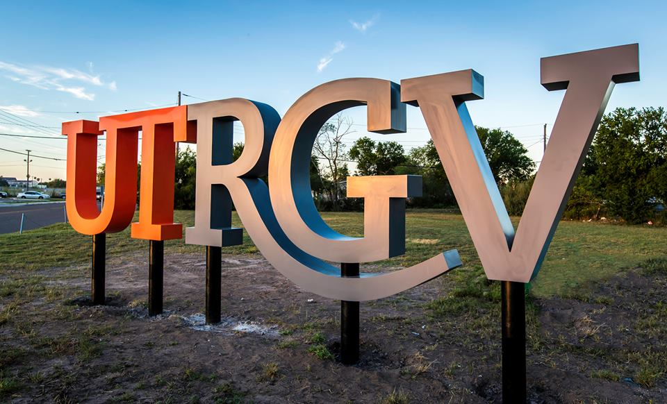 A sign that says UTRGV