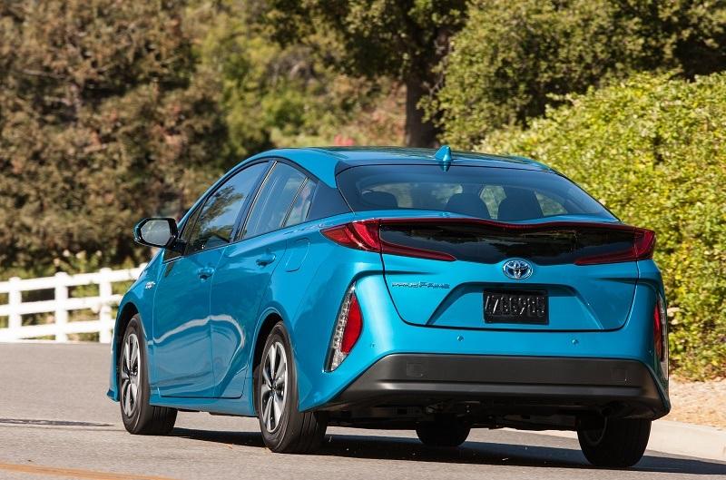 Toyota Prius Prime Advanced trim Blue Magnetism