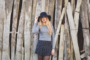 10 Ways to Wear Your Favorite Winter Clothes in Spring
