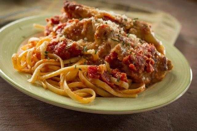 Hot and crispy chicken parmesan