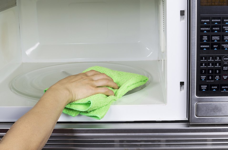 Cleaning of Microwave Oven