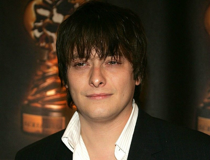Edward Furlong is on the red carpet.
