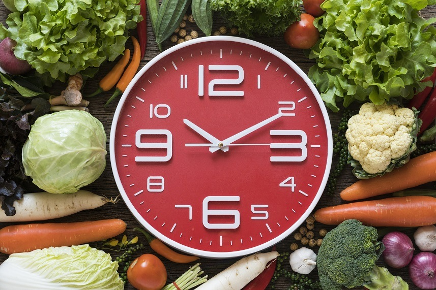 clock with vegetables