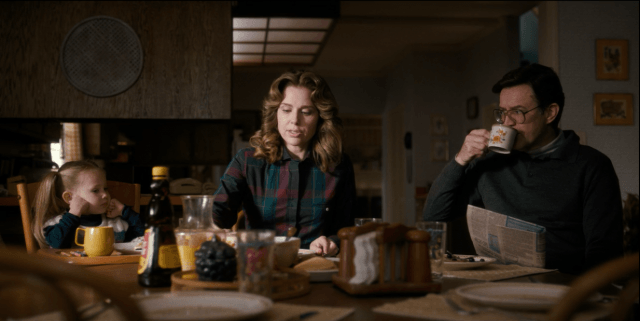 Holly, Karen, and Ted Wheeler eat pancakes, grapes, and sausage for breakfast on 'Stranger Things'