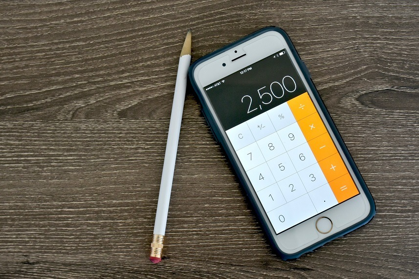 An Apple iPhone 6s displaying the calculator