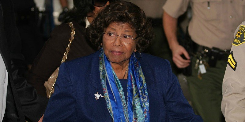 Katherine Jackson enters the Los Angeles County courthouse.