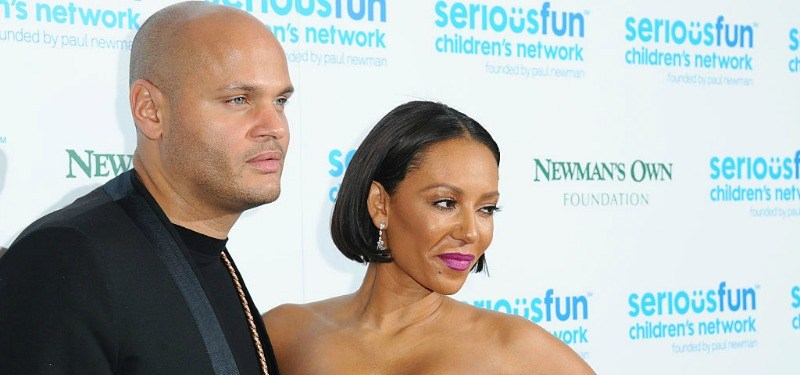 This is a picture from the side of Mel B and Stephen Belafonte on the red carpet.