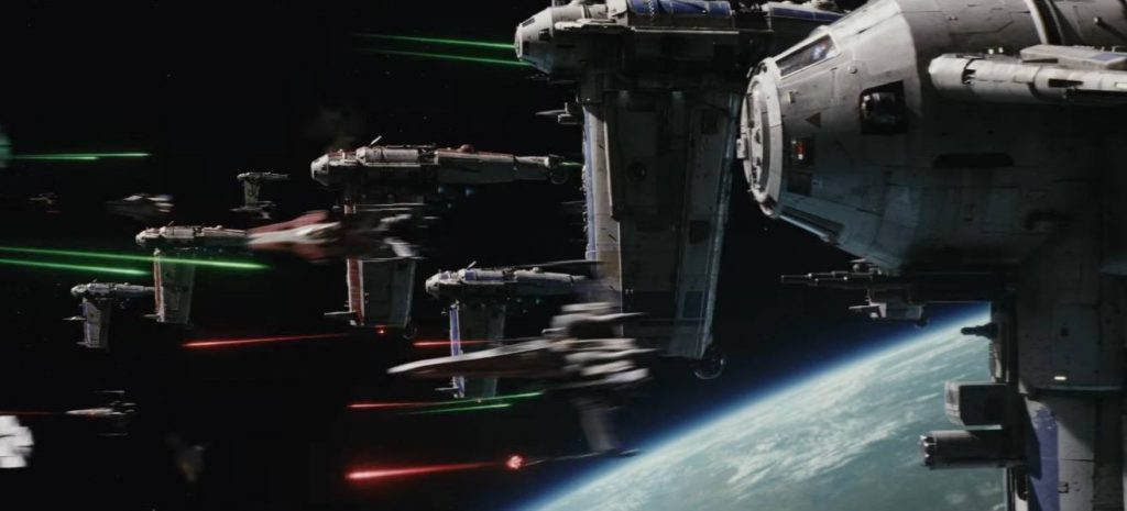 Ships fly at each other firing their lasers in Star Wars: The Last Jedi