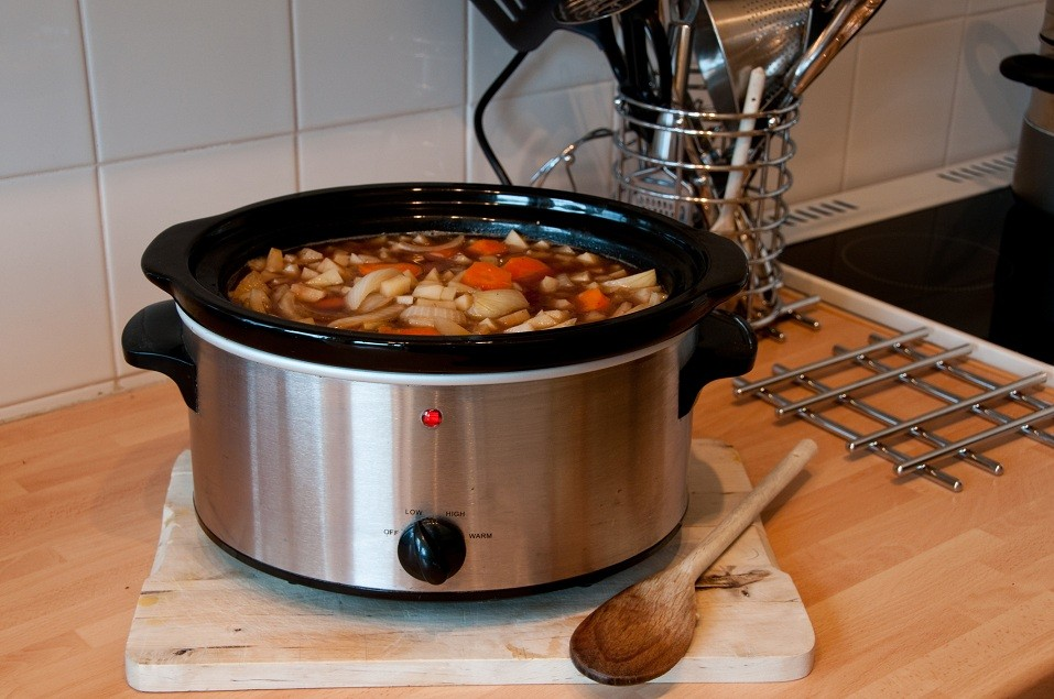 Slow cooker with food