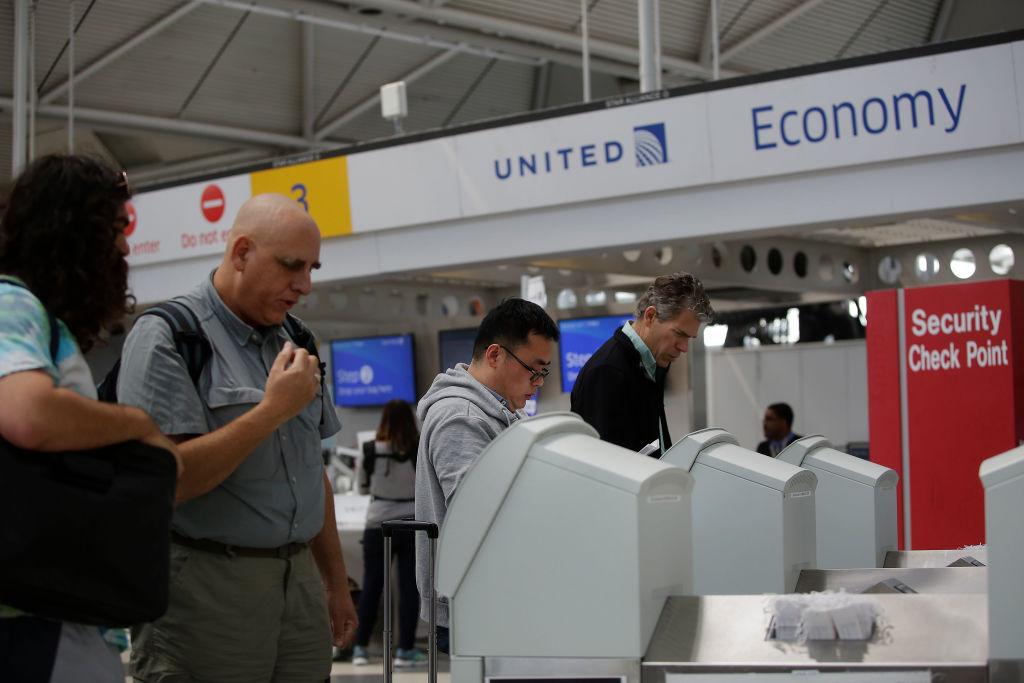 economy flight check in