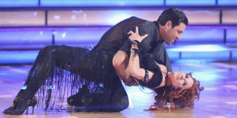 Maksim Chmerkovskiy is sipping Melissa Gilbert on the dance floor.