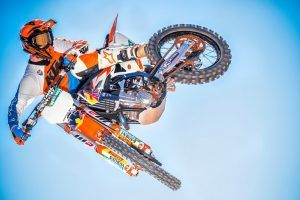 12 Fastest Dirt Bikes in the World