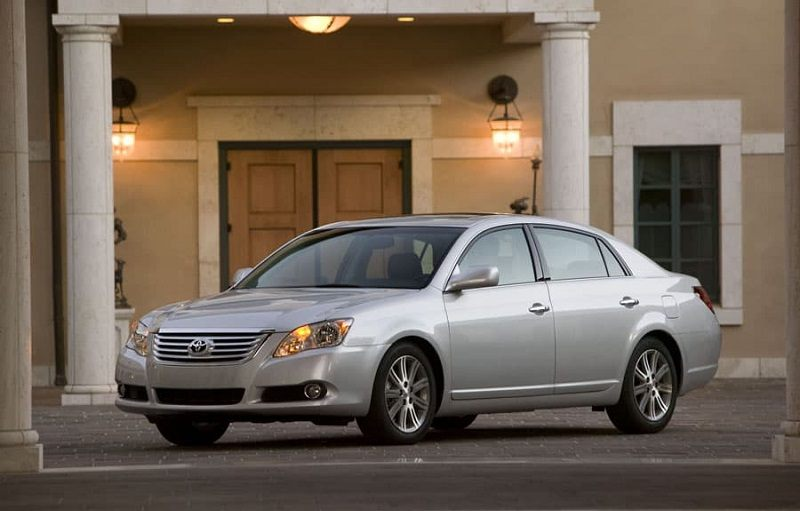 View of the 2009 Toyota Avalon