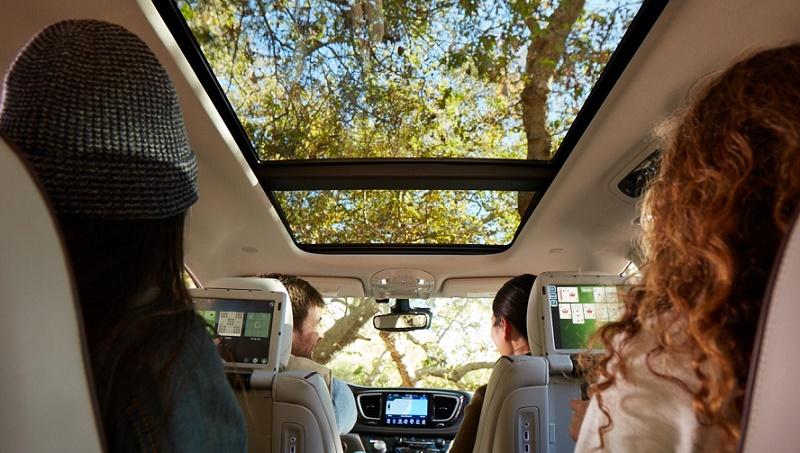 Chrysler Pacifica interior