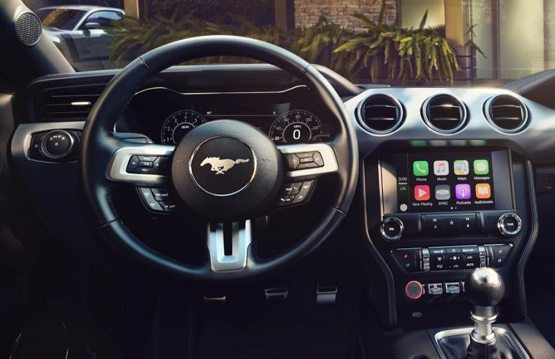 Digital display of 2018 Ford Mustang