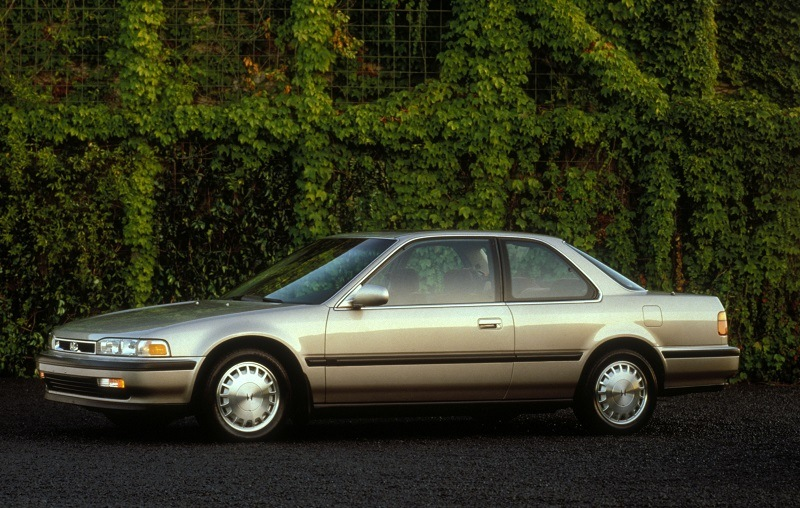 View of Honda Accord EX Coupe from 1991 model year
