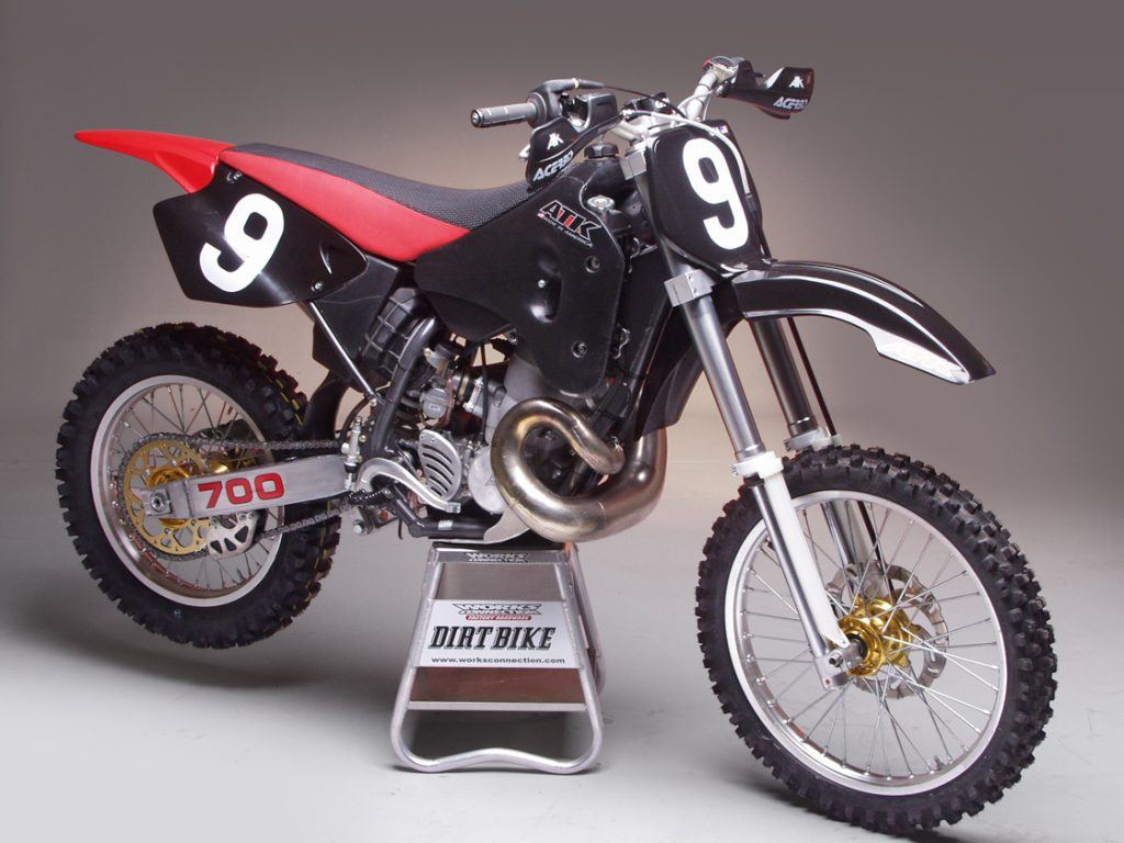 12 fastest dirt bikes in the world. Black Bedroom Furniture Sets. Home Design Ideas