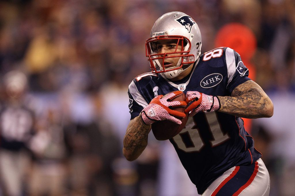 Aaron Hernandez scores a touchdown in the Super Bowl.