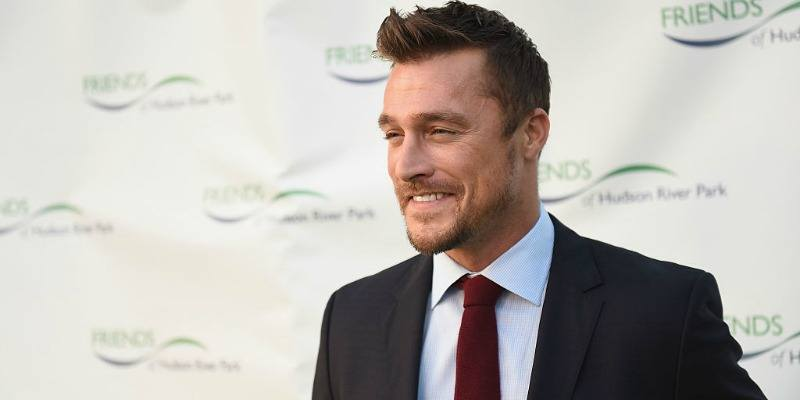 Chris Soules smiles on the red carpet.