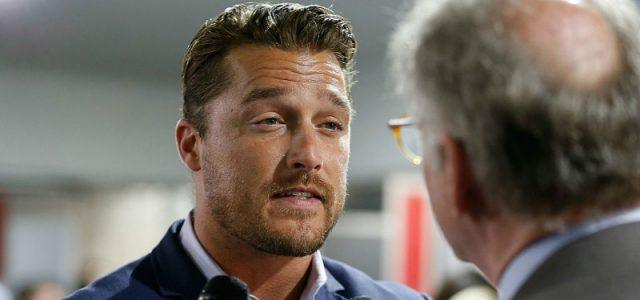 Chris Soules is talking to a reporter.