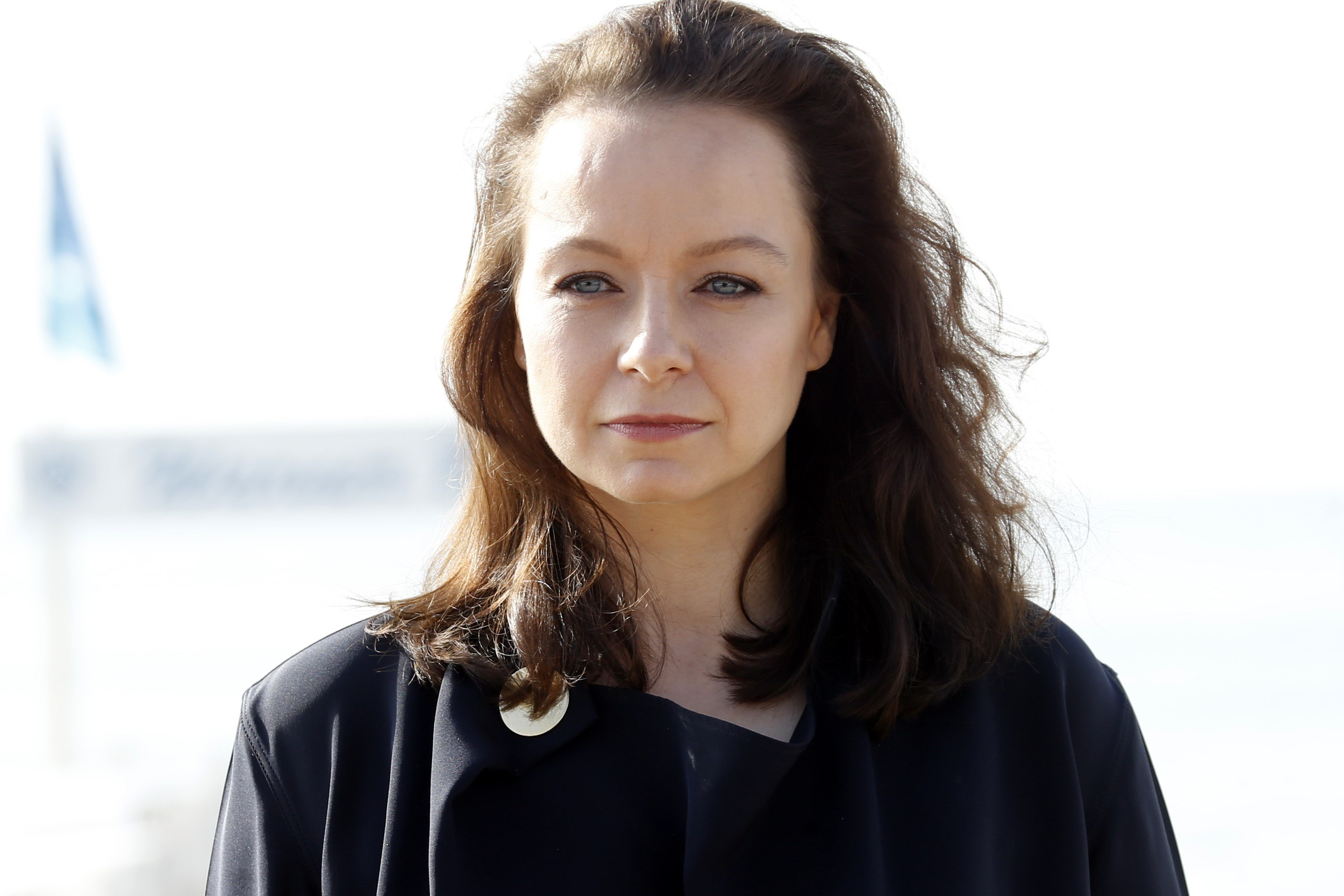 """British actress Samantha Morton stands out for the photocall of the TV series """"The Last Panthers"""""""