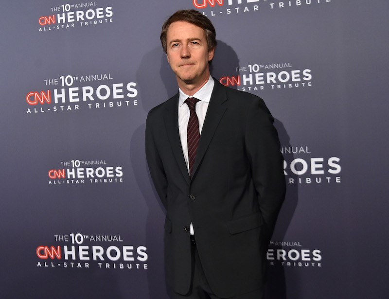 Edward Norton stands in a tux at the CNN Heroes Gala 2016