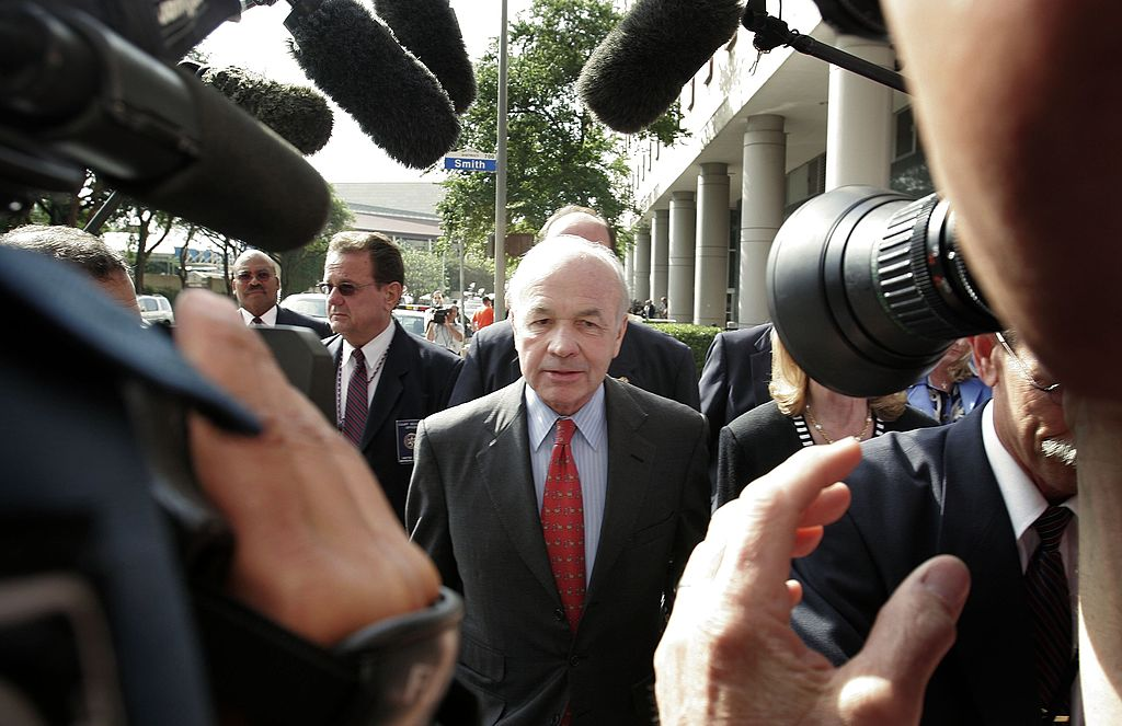 Former Enron chairman Kenneth Lay leaves the courthouse