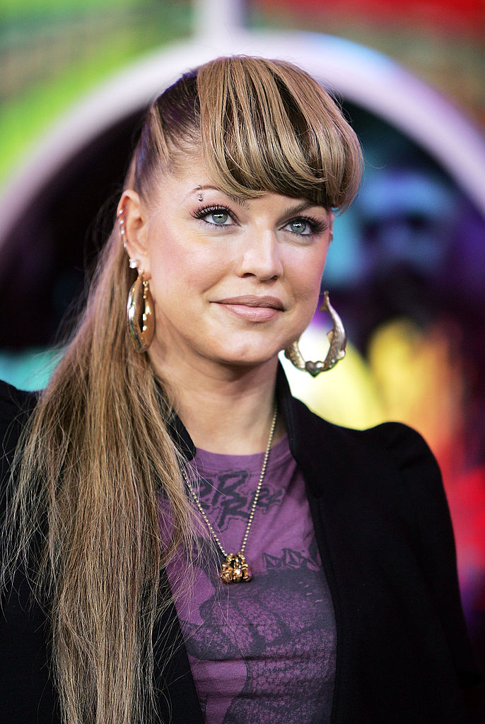 MTV TRL With Mariah Carey And Black Eyed Peas
