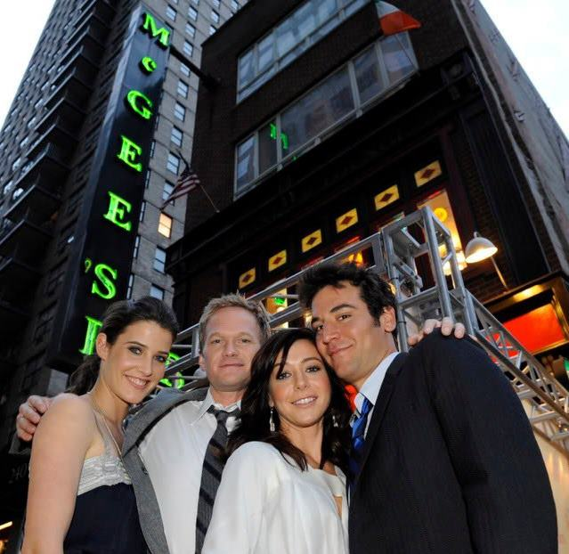 McGee's with How I Met Your Mother cast